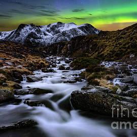 Glowing Skies - Adrian Evans