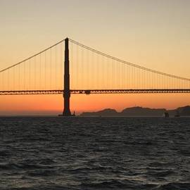Golden Gate  by Neal Barbosa