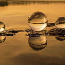 Golden Globes by Linda Howes