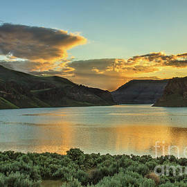 Robert Bales - Golden Hour Over Owyhee Reservoir