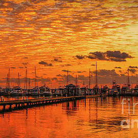 Tom Claud - Golden Orange Sunrise