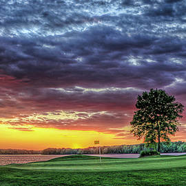 Reid Callaway - Golf Sunset Number 4 The Landing Reynolds Plantation Golf Art