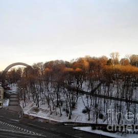 Oksana Semenchenko - Good Morning Beautiful Kiev. Ukraine