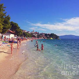 Jasna Dragun - Gradac Beach