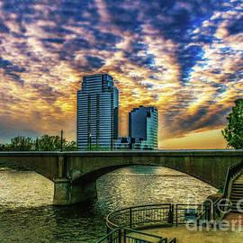 Nick Zelinsky - Grand Rapids River Walk