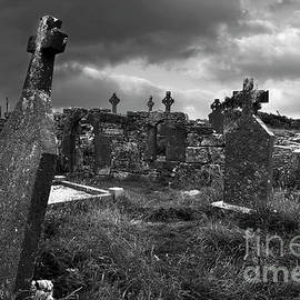 Graveyard at the seven churches by RicardMN Photography
