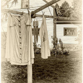 Scott Thorp - Great Grandmas Clothesline