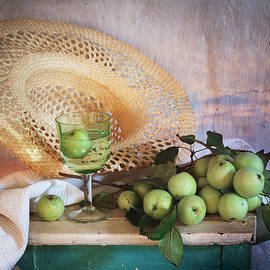 Nikolay Panov - Green Apples and Straw Hat
