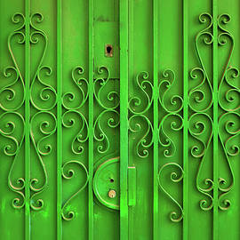 Carlos Caetano - Green Door