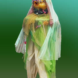 Brian Wallace - Green Lady On Stilts