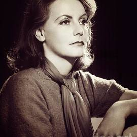 Esoterica Art Agency - Greta Garbo, Vintage Movie Star