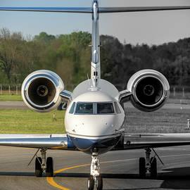 Gulfstream Aerospace G500 I-DELO Frontal.NEF