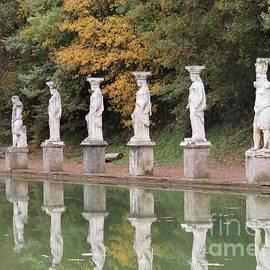 Hadrian's Villa 4 by Laurie Morgan