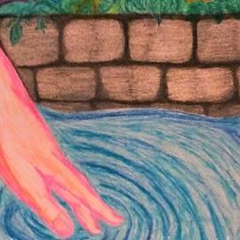 AlishaDawn Creations - Hand of a Maiden