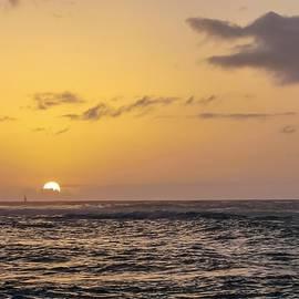 Hawaiian Sunset by NaturesPix