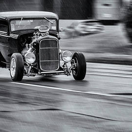 Ken Morris - Hemi Powered 1932 Ford 5 Window Coupe