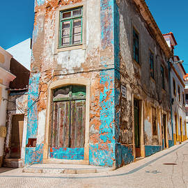 Venetia Featherstone-Witty - Historic Ericeira in Portugal