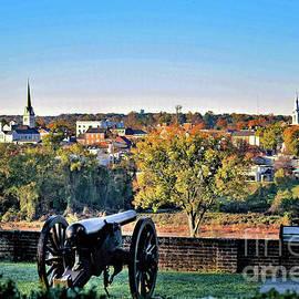 Historic Fredericksburg by Richard Thomas