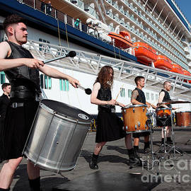 Hit Machine Drummers Dublin by Ros Drinkwater