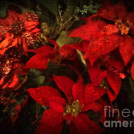 Holiday Painted Poinsettias by Alicia Hollinger