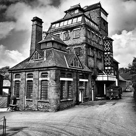 Hook Norton Brewery by Jeremy Hayden