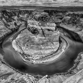 Horseshoe Bend Grand Canyon In Black And White - Garry Gay