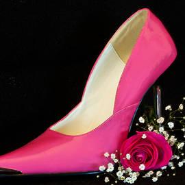 Patti Deters - Hot Pink Pump