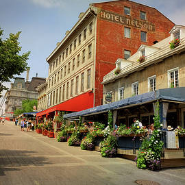 Maria Angelica Maira - Hotel Nelson - Place Jacques Cartier