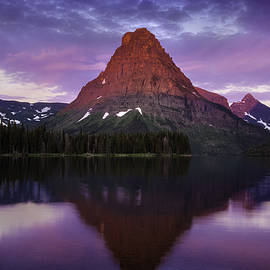 Thomas Schoeller - How Glorious A Greeting the Sun Gives the Mountains - Glacier National Park