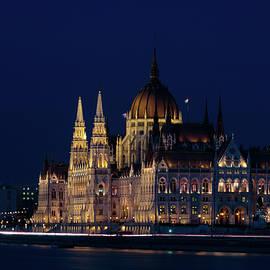 Michael Niessen - Hungarian parliament building #1