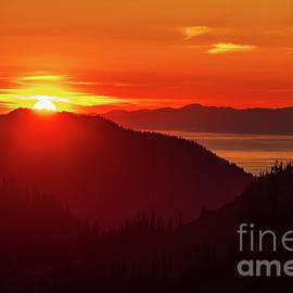 Hurricane Ridge and the Strait of Juan de Fuca Sunset - Mike Reid