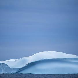 Robert Mcgillivray - ice in blue