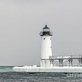 Sue Smith - Ice On the Pier at Manistee Light