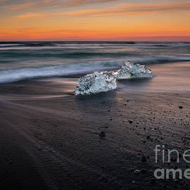 Iceland Glacial Ice Beach Motion - Mike Reid