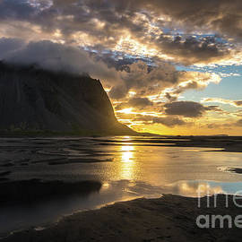 Iceland Stokksnes Sunrise Reflections - Mike Reid