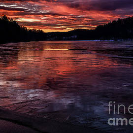 Thomas R Fletcher - Icy Dawn on the Lake
