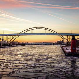 Randy Scherkenbach - Icy River Sunset