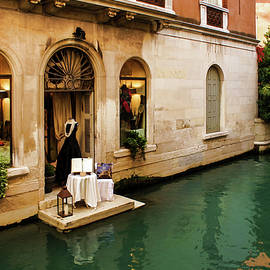 Impressions Of Venice - Shopping for a Black Dress at an Elegant Canalside Boutique