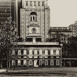 Independence Hall by Bill Cannon