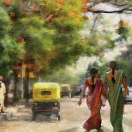 Dominique Amendola - India Street Scene In flowery Bangalore