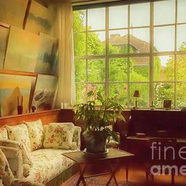 Liesl Walsh - Inside Claude Monet