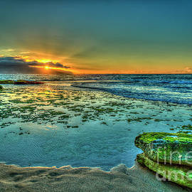 Reid Callaway - It Rocks At Sunset The North Shore Hawaii Collection Art