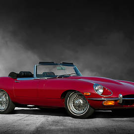 Peter Chilelli - Jaguar E Type