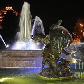 J.C. Nichols Fountain-4978 by Gary Gingrich Galleries