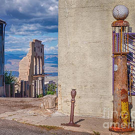 Priscilla Burgers - Jerome Arizona - A Mining Ghost Town On a Hill