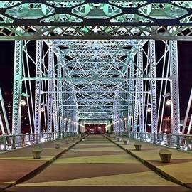 Skyline Photos of America - John Seigenthaler Pedestrian Bridge