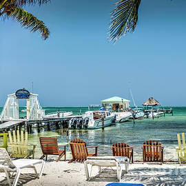 Just Arrived Costa Maya by David Zanzinger