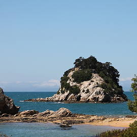 Kaiteriteri by Jill Black