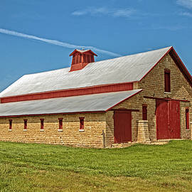 Karnes Stone Barn  by Kevin Anderson