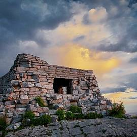 Kawanis Cabin, Sandia Crest, New Mexico by Flying Z Photography by Zayne Diamond